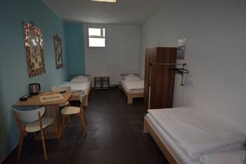 AB Apartment 94