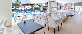 White Olive Premium Cameo Agios Sostis