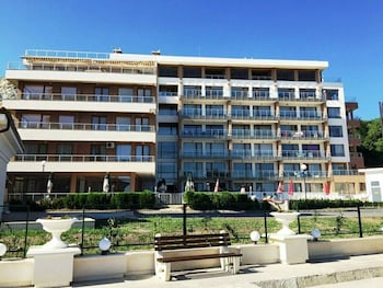 HPM Black Sea Princess Apartments