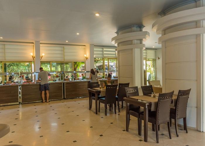 GRAND FAROS HOTEL