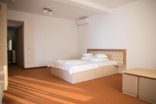 Salos Beach Resort