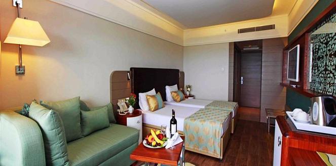 GRAND SIDE HOTEL