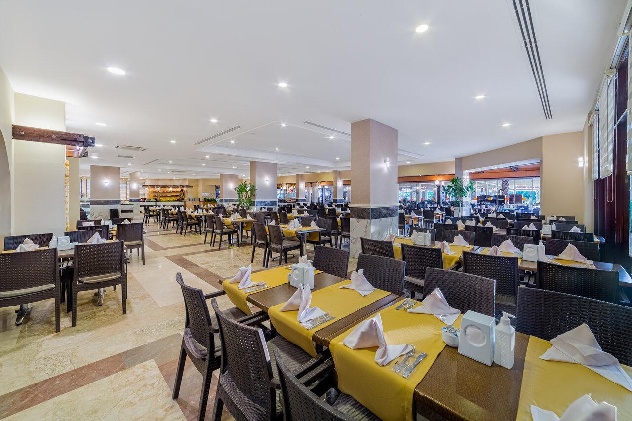 Club Justiniano Park Conti