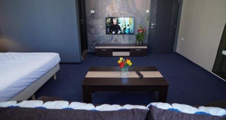 Hostel Log Inn