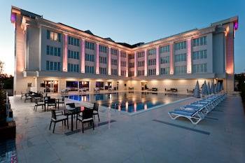 Mercia Hotels And Resorts