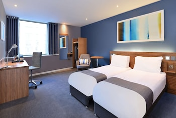 Travelodge Gatwick Central Airport
