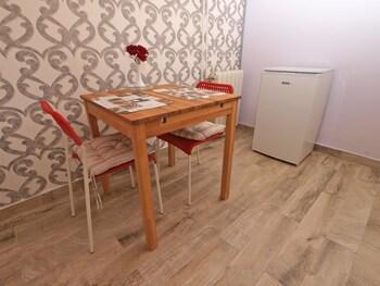 Apartment 1103