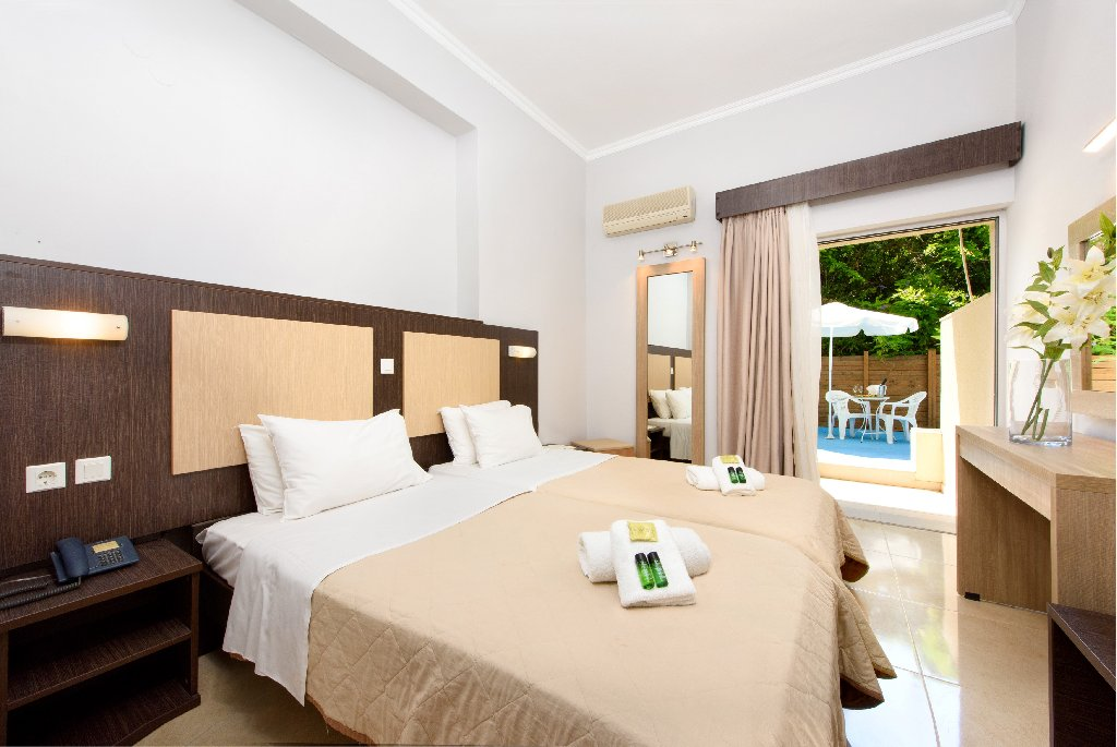 AMALIA HOTEL (Adults Only 18+) (Dassia) (C)