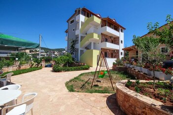 Villa Abedini