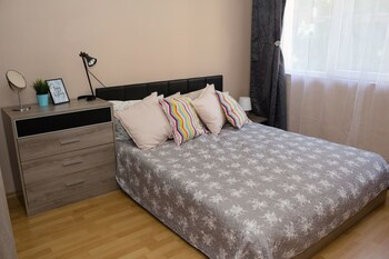 Riviera Park,  Golden Sands 1-bd Chic Apartment