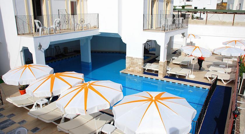 SKY VELA HOTEL( EX CLUB VELA HOTEL)
