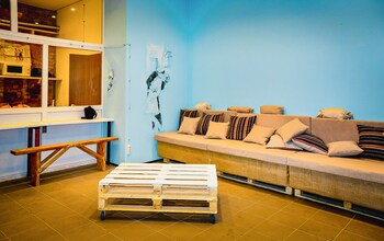 Garis FACTORY - Hostel