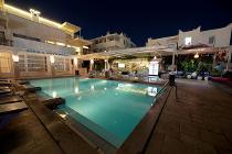 SKY NOVA SUITES HOTEL 3 *