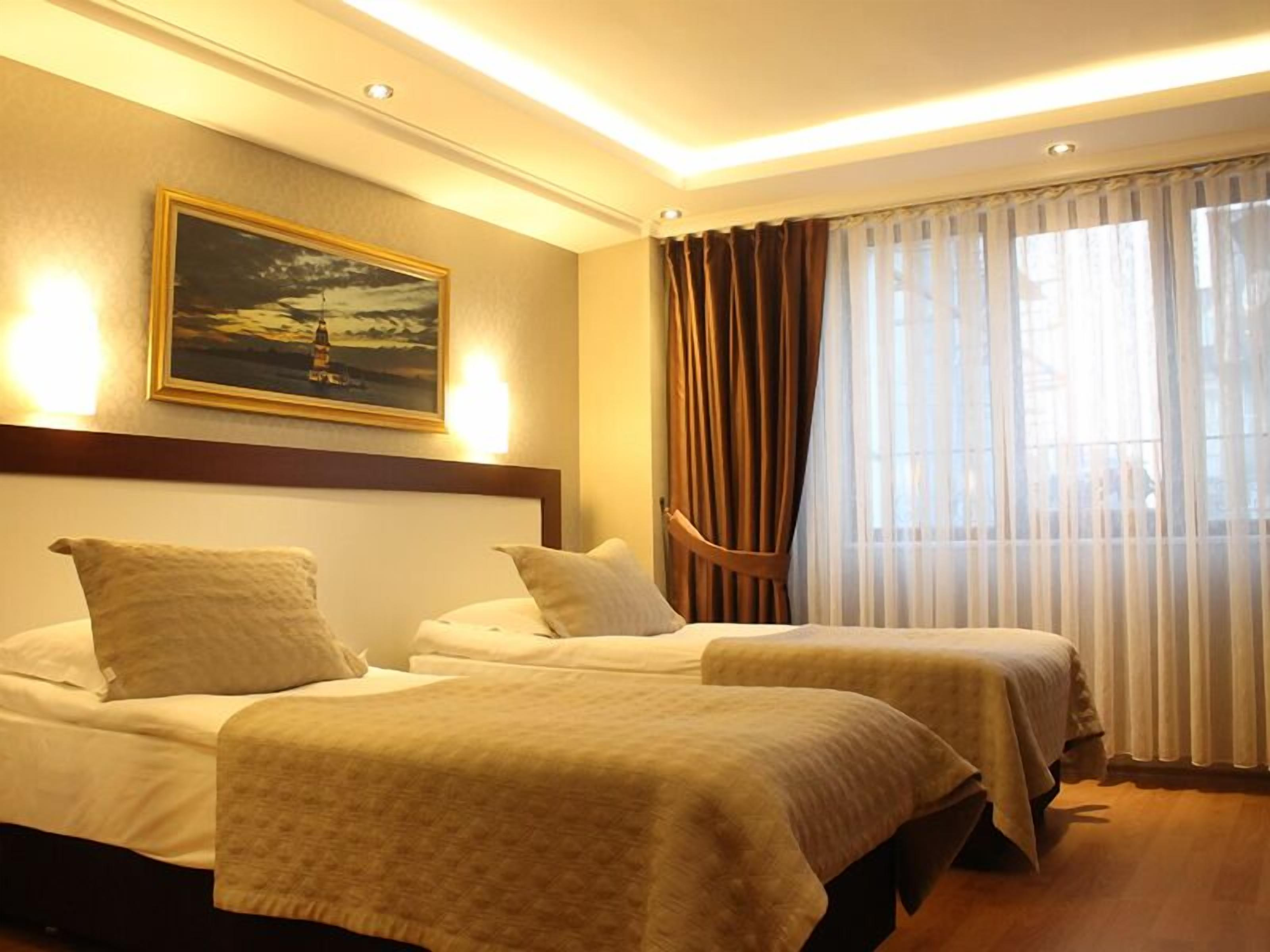 Regency World Suite And Hotel