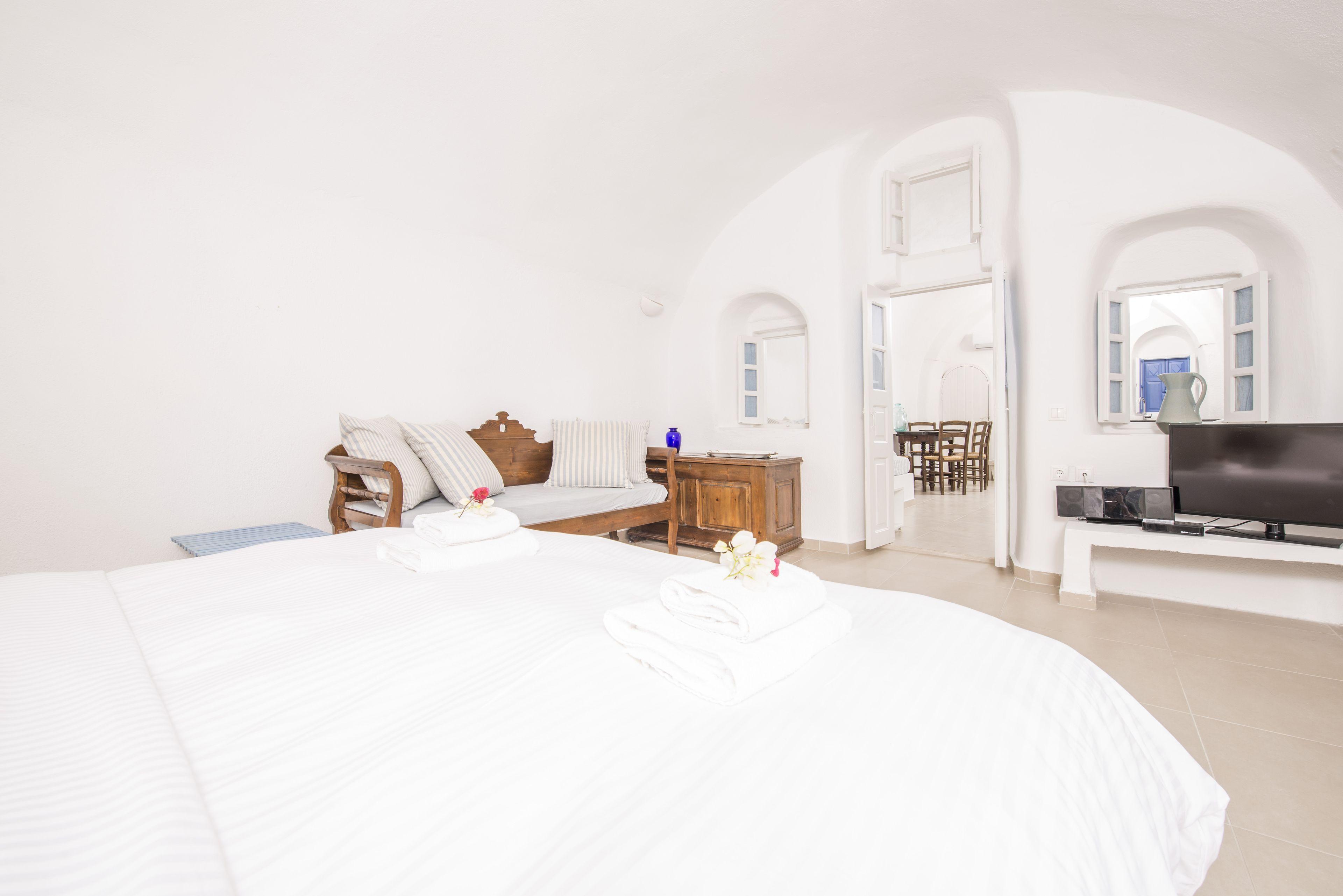 Annouso Villa By Caldera Houses