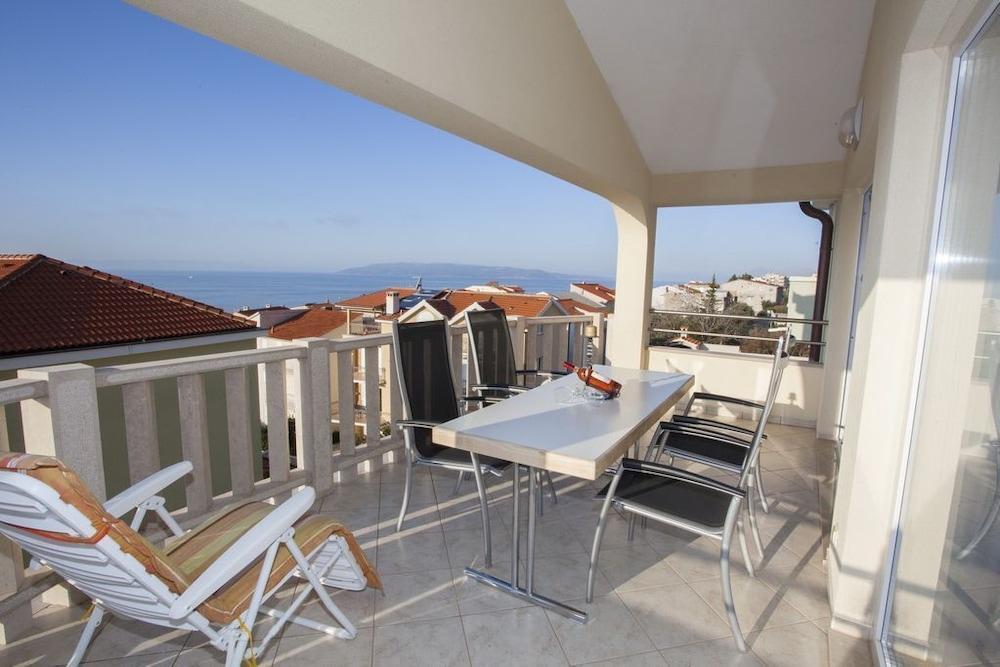 Apartment Almera N9
