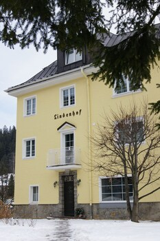 Der Lindenhof