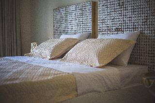 Kivo Art  Gourmet Hotel