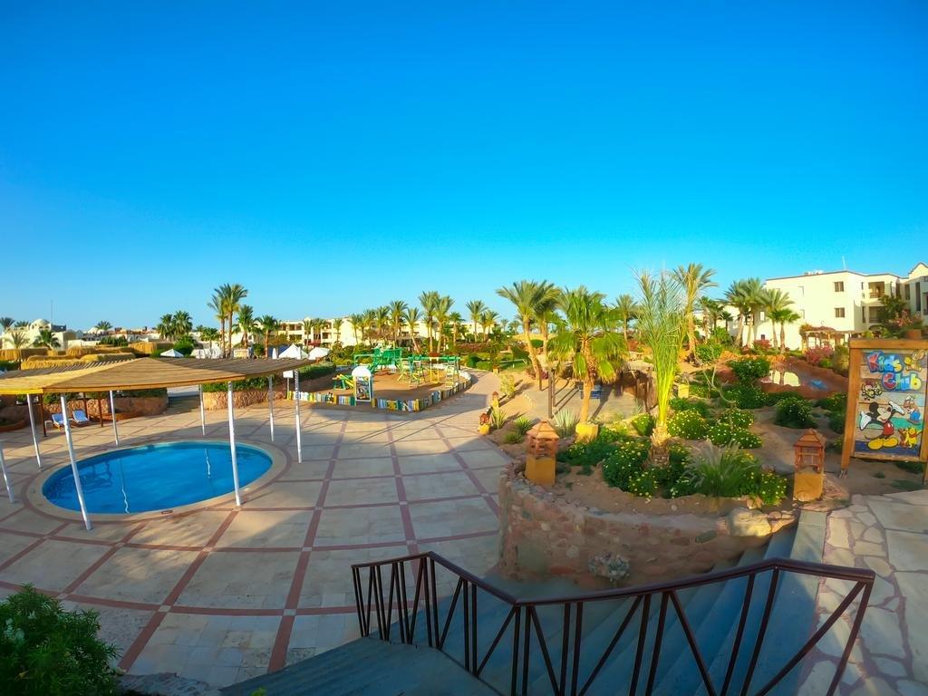 Regency Plaza Aqua Park and Spa Resort