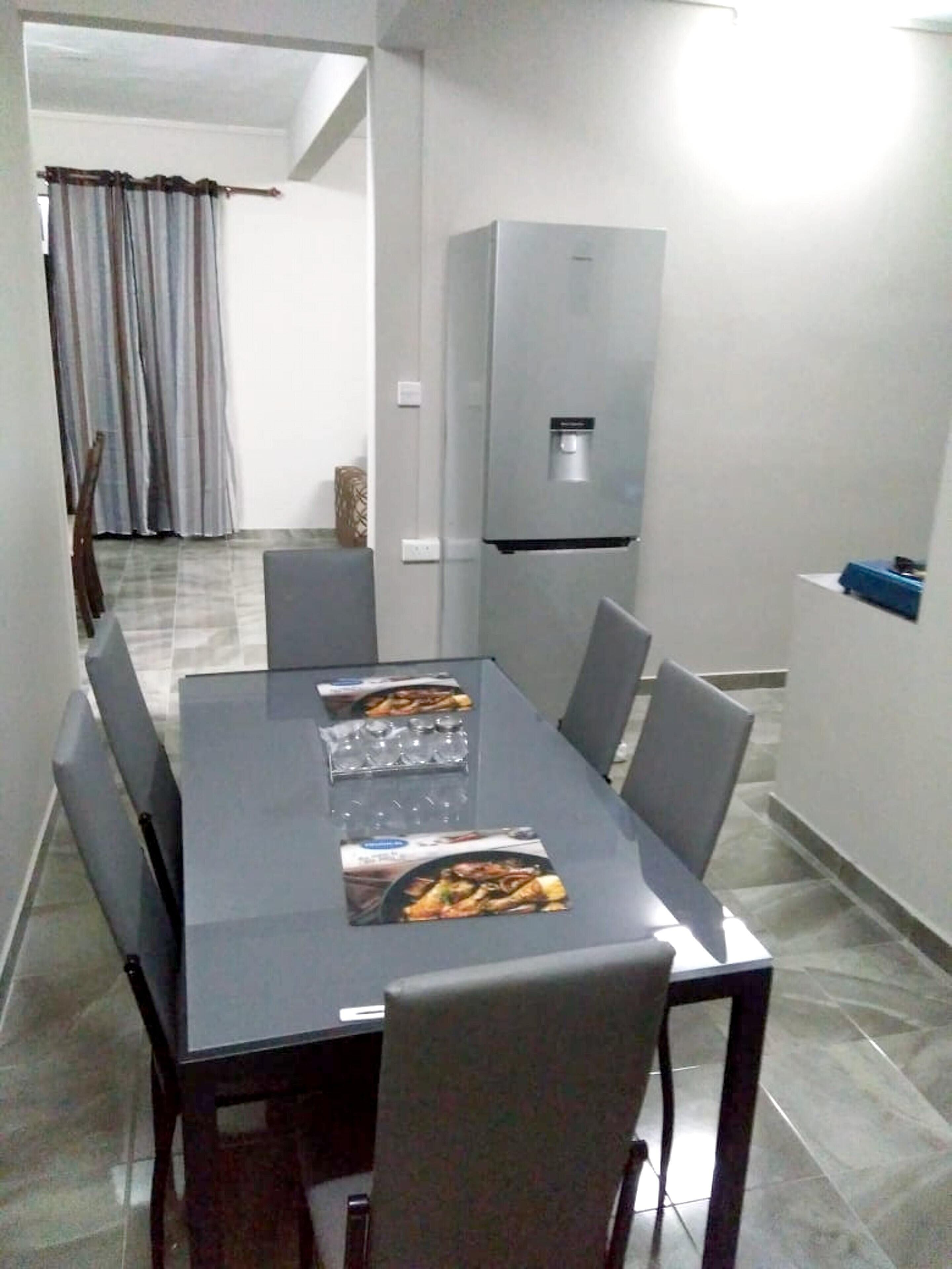 House With 2 Bedrooms In Curepipe,  With Enclosed Garden - 20 Km From T