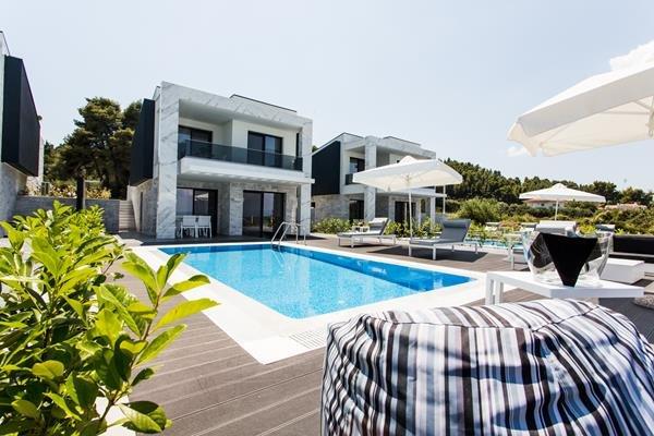 Crystal Villas Suites Luxury Resort - Polichrono