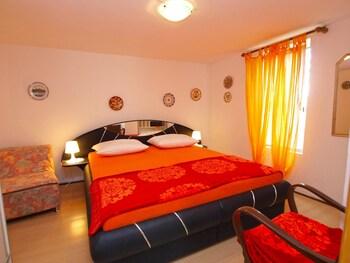 Apartment 692