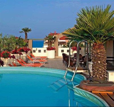 Europe Hotel, Paralia