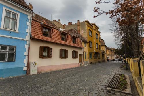 History Apartment Str Cetatii