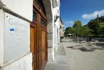 Galeria River