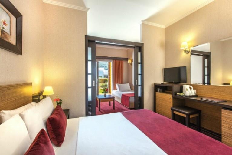 AQUA FANTASY HOTEL