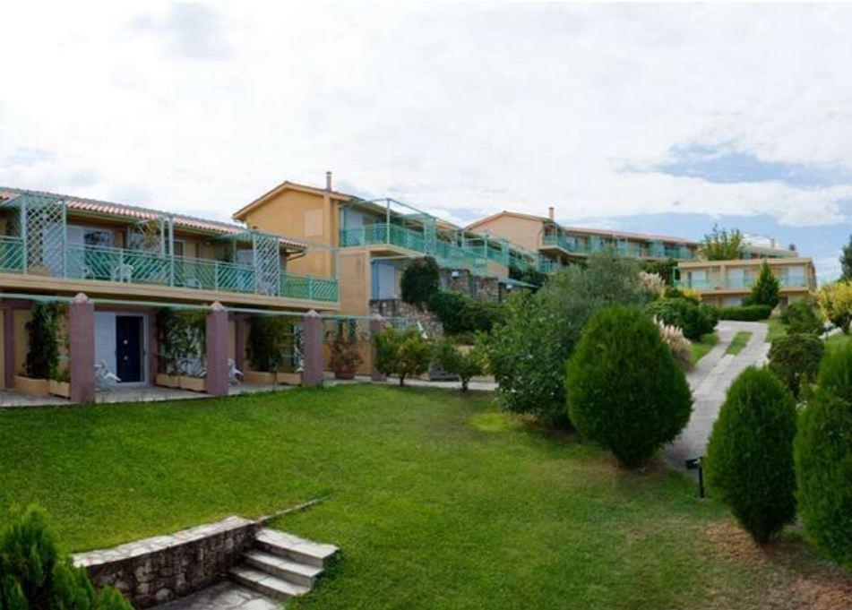 Daphne Holiday Club, Hanioti