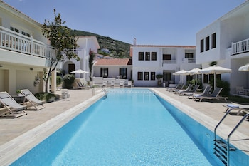 Skopelos Holiday Resort & Spa