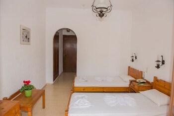 Velissarios Hotel