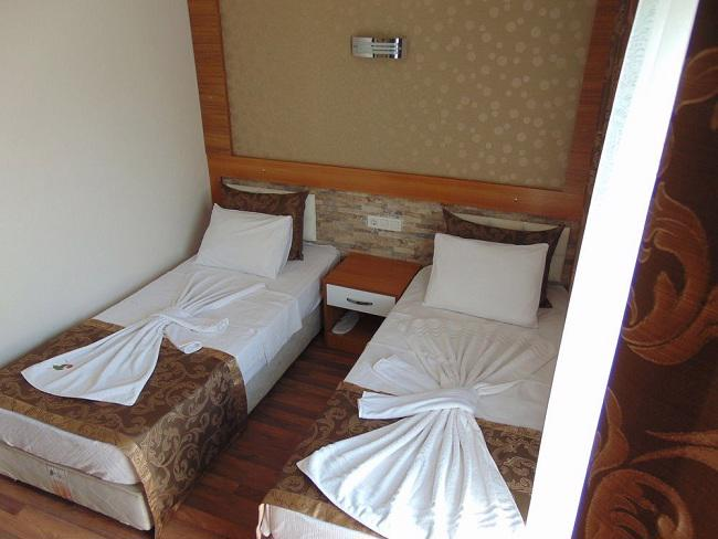 BOUTIQUE NERGIZ HOTEL SIDE
