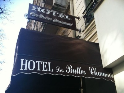 Buttes Chaumont Hotel
