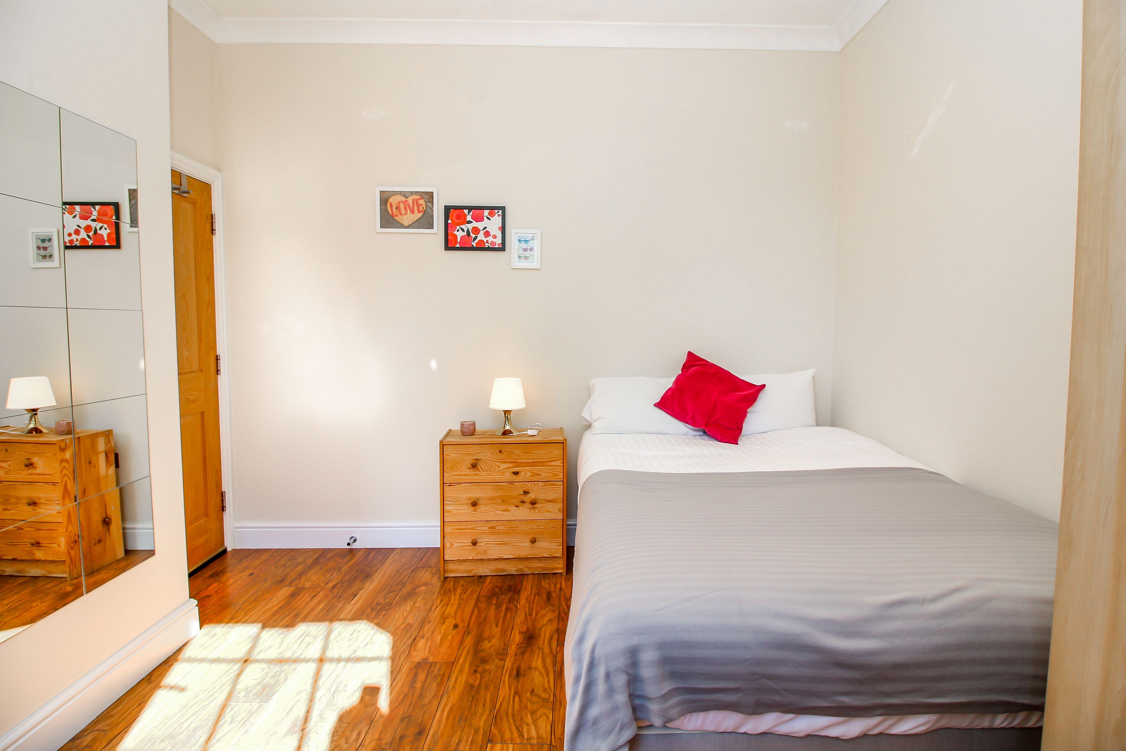 Private En-suite Room Liverpool Street