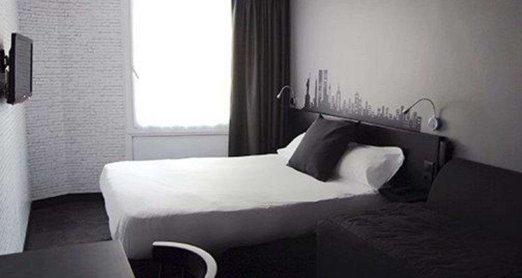 Comfort Hotel Davout Nation Paris 20
