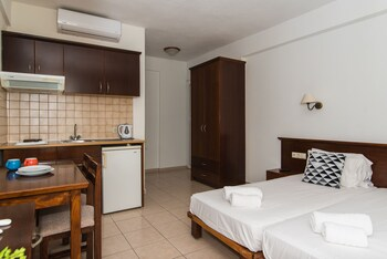 Vangelis Apartments