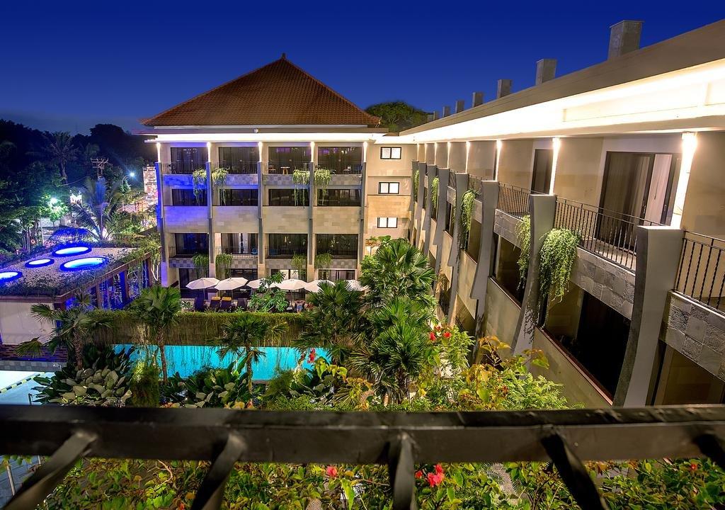 SOL HOUSE Bali Legian