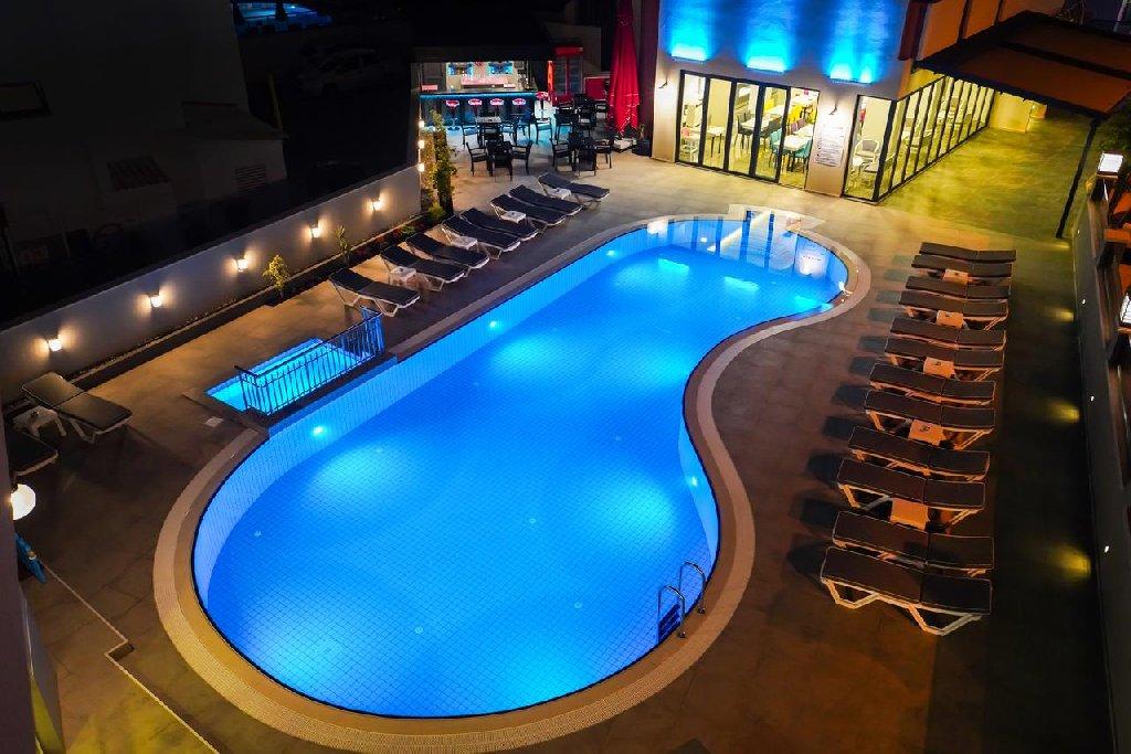 Hotel Seren Sari