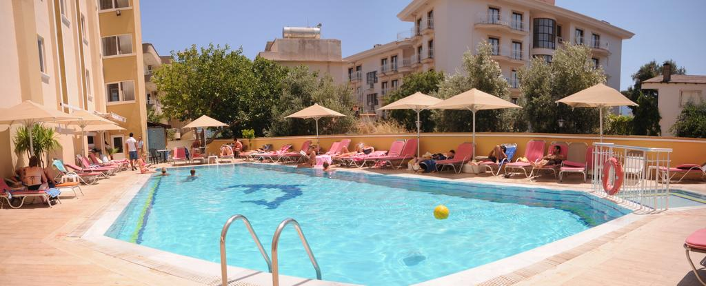Mert Seaside Hotel (Adults only)