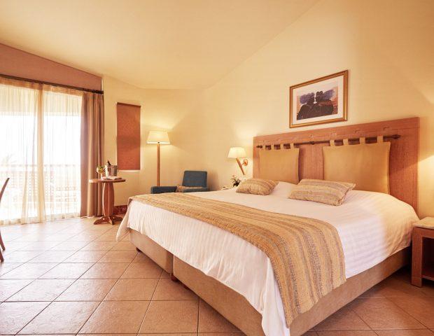 SANTA MARINA PLAZA GIANNOULIS HOTELS