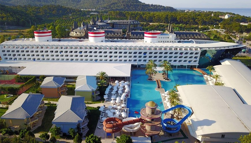TRANSATLANTIK HOTEL - SPA