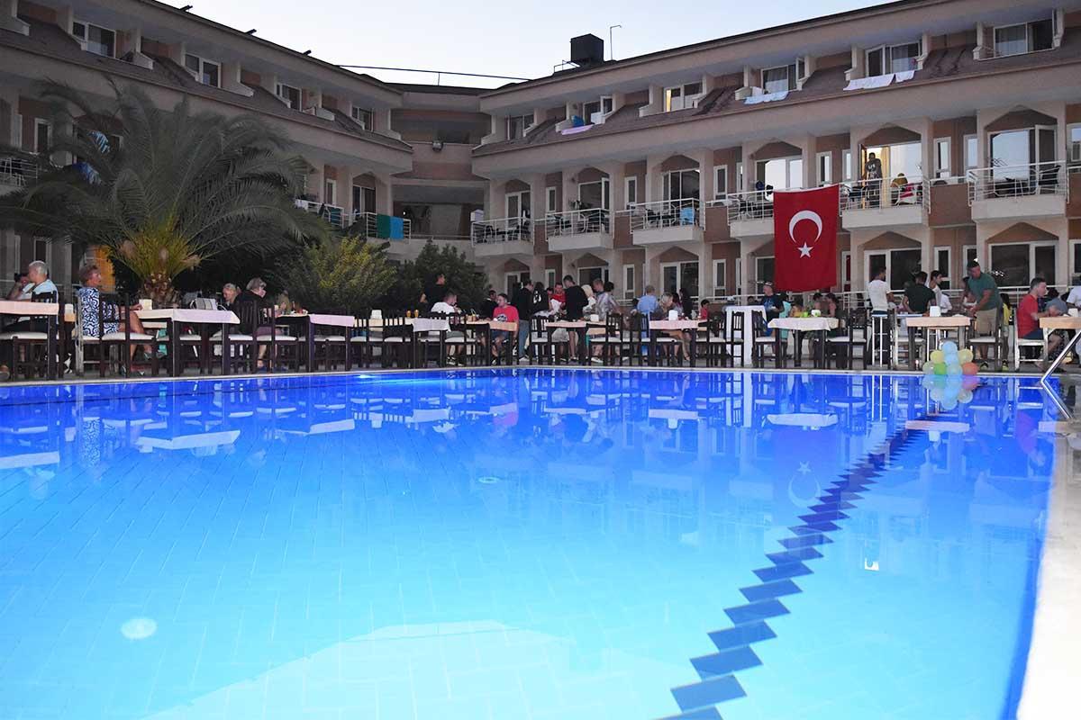 ARES DREAM HOTEL