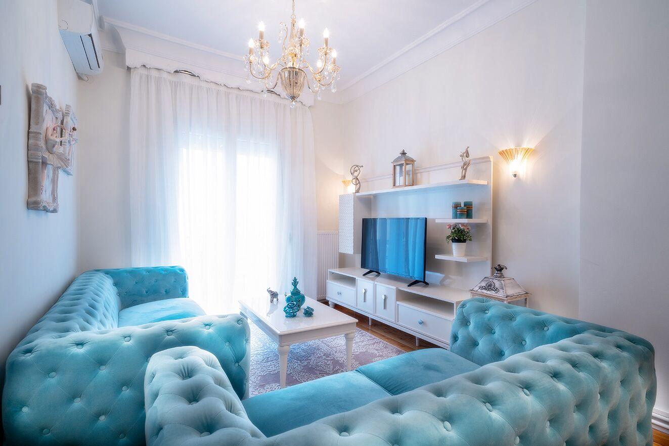 Acropolis Deluxe Apt (must Apartments)