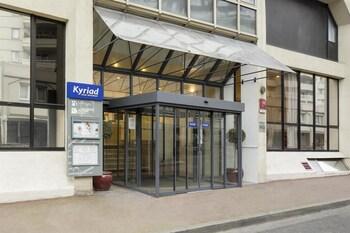 Kyriad Paris Est-bois De Vincennes