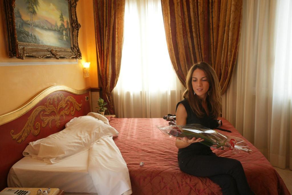 Clarion Collection Principessa Isabella