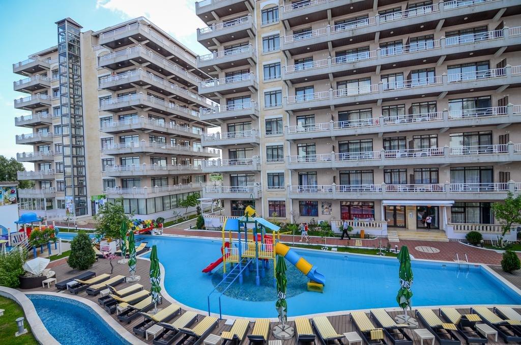 HOTEL PHOENICIA HOLIDAY RESORT
