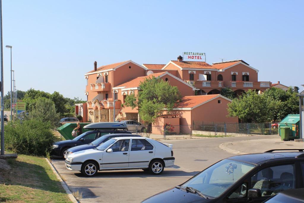 HOTEL MARINKO