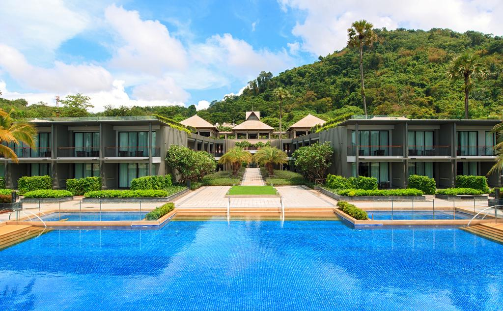 Phuket Marriott Resort Nai Yang Beach